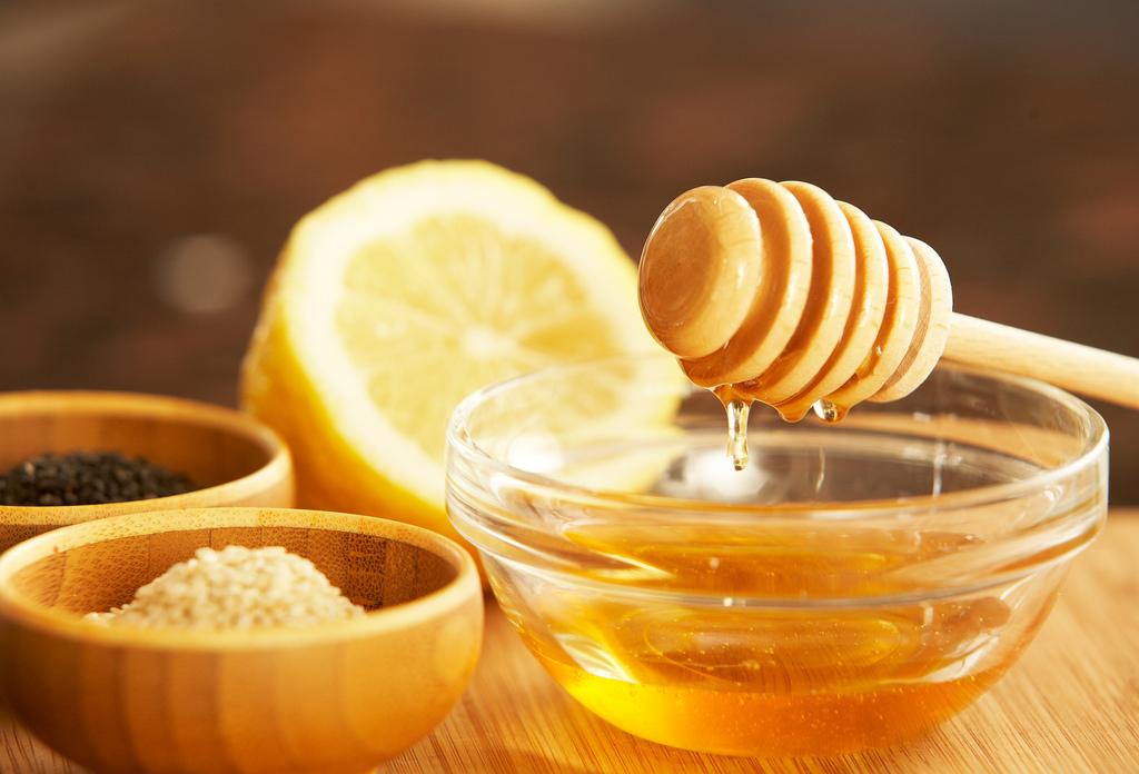 Perdre 2kg en 3 jours grâce au miel et au citron