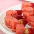 Brochettes de pastèques et fraises